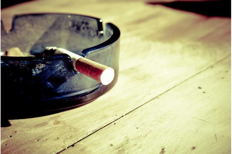Children exposed to tobacco smoke use more emergent health services